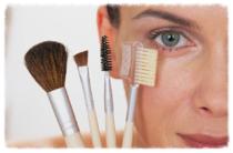 Kosmetik, Wachsen, Kosmetikstudio, Gesichtsmassage, Lifting, Ruhe, Entspannung, Maniküre, Beauty Tipps, Hochzeit, Augenbrauen, Epilieren, Kosmetikerin, Balve, Iserlohn, Haarentfernung